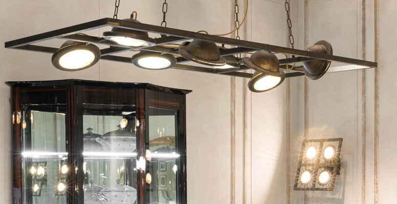 TOTO - chandelier with 8 ceiling lights