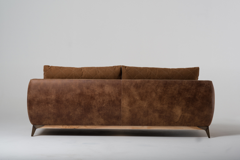 COUCH - Sofa
