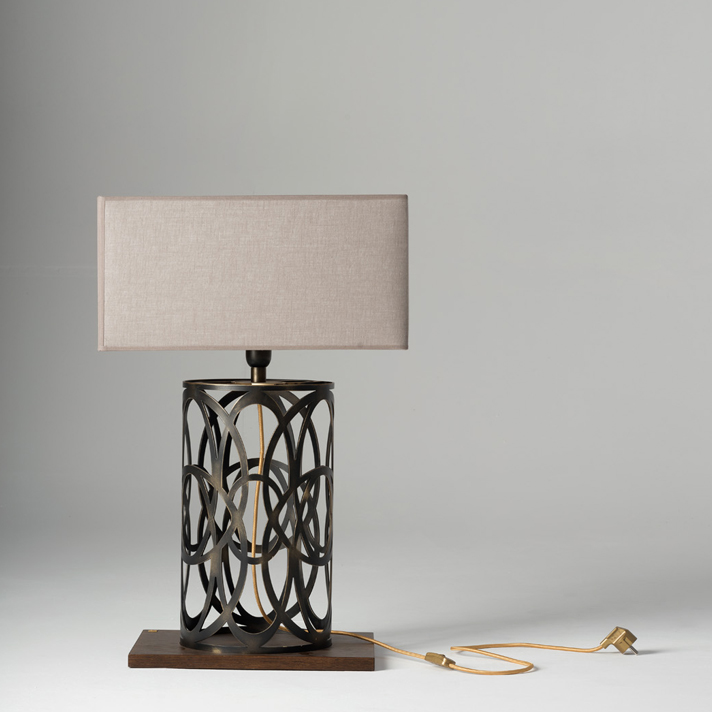 VIOLANTE - Table lamp